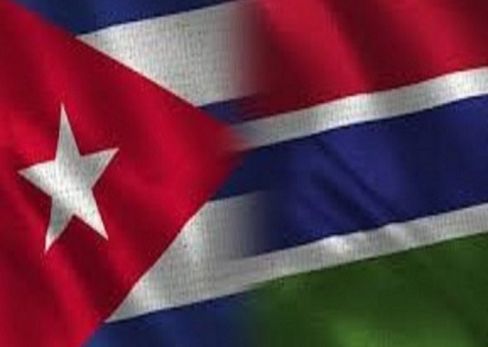 banderas cuba gambia juntas